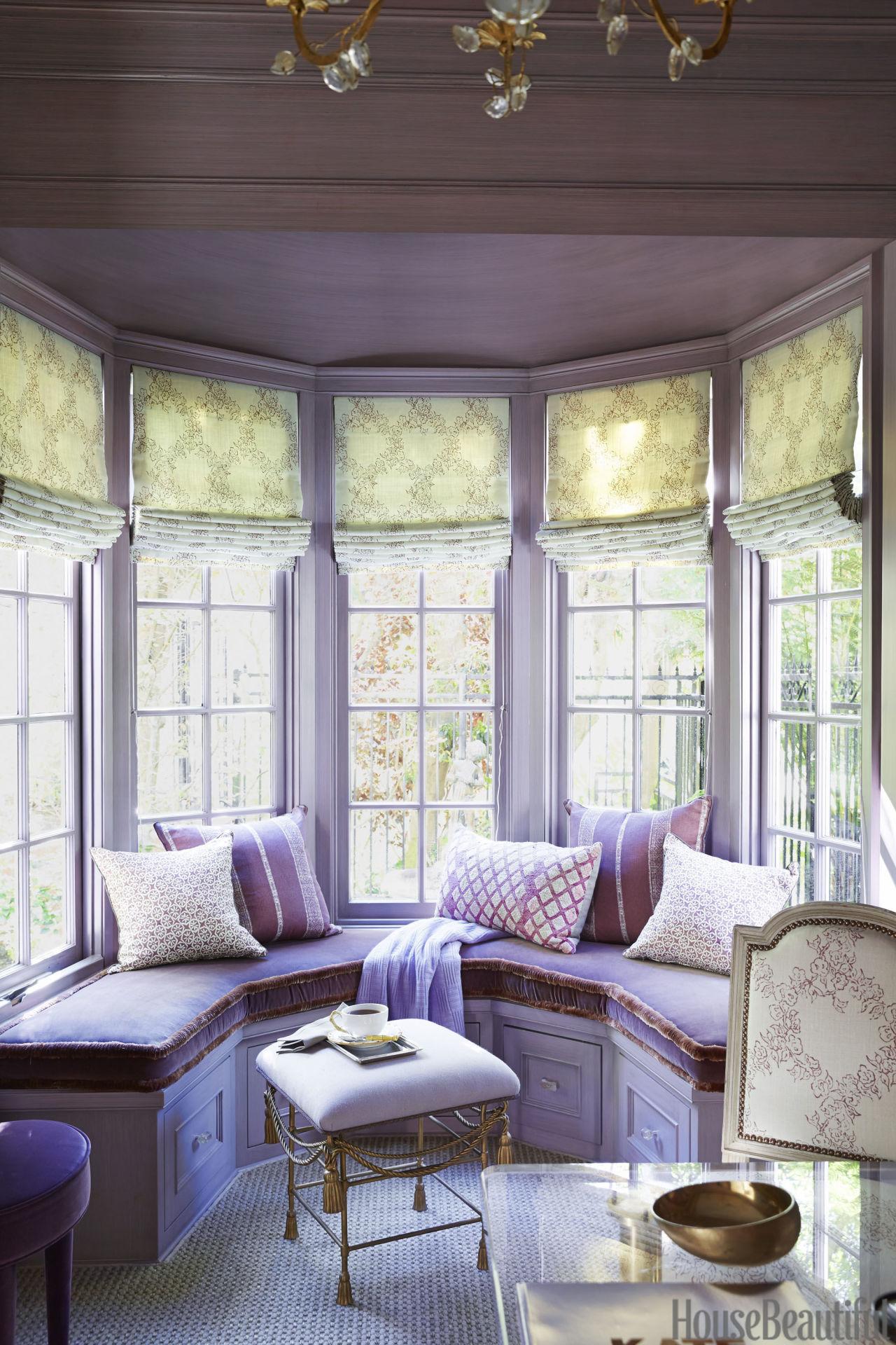 gallery-1440169443-purple-sitting-room.jpg