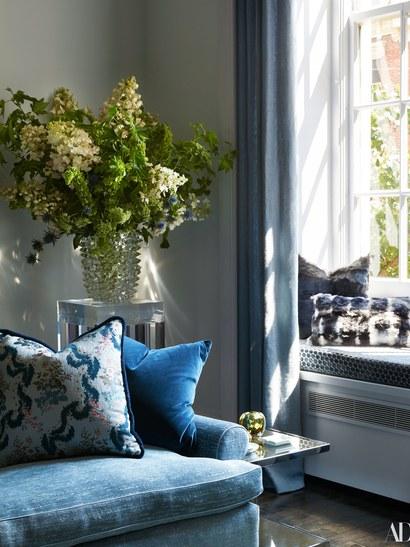 Carole Radziwill Living Room via Architectural Digest