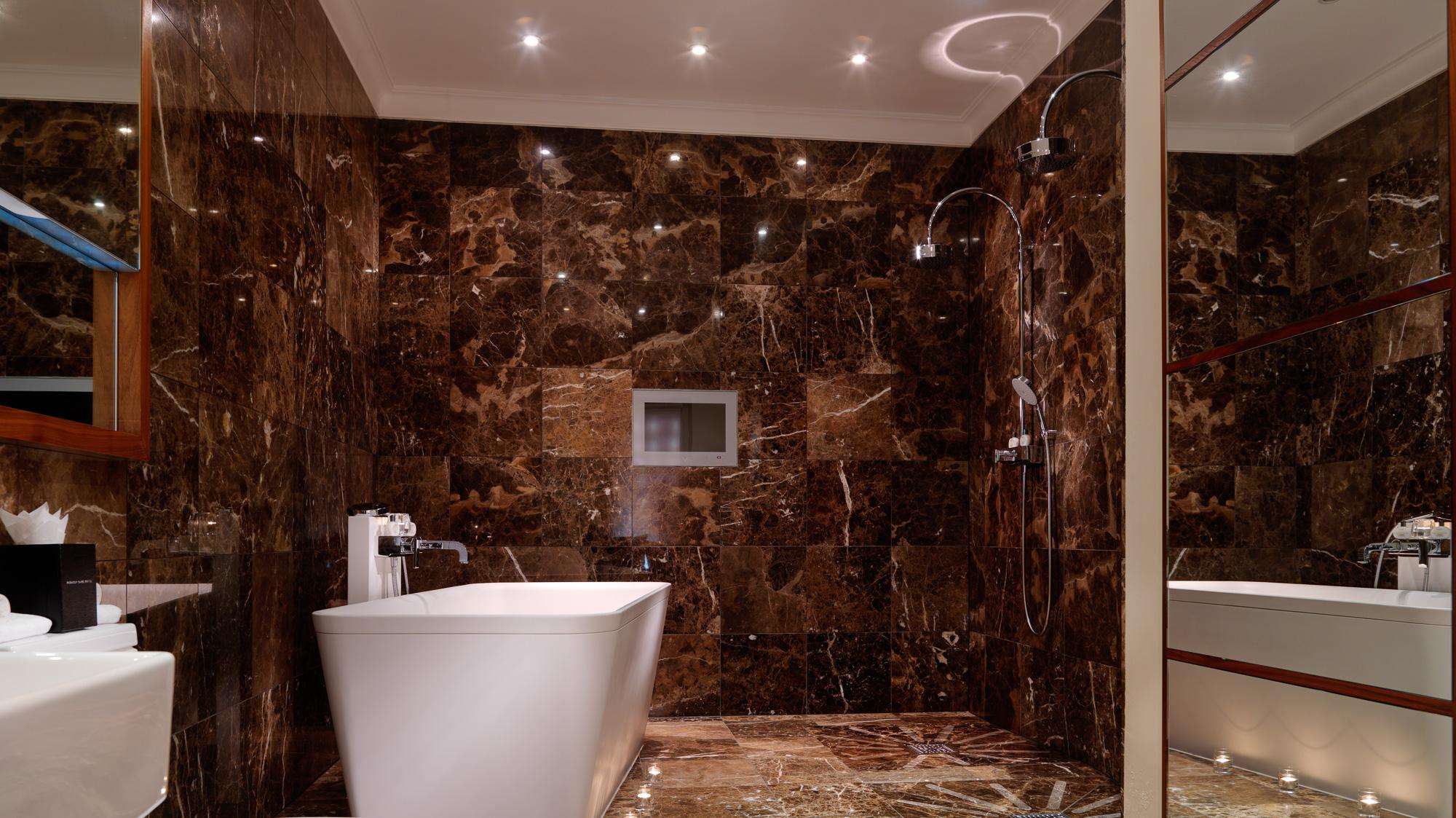 Penthouse Bathroom FL PT Pre.jpg