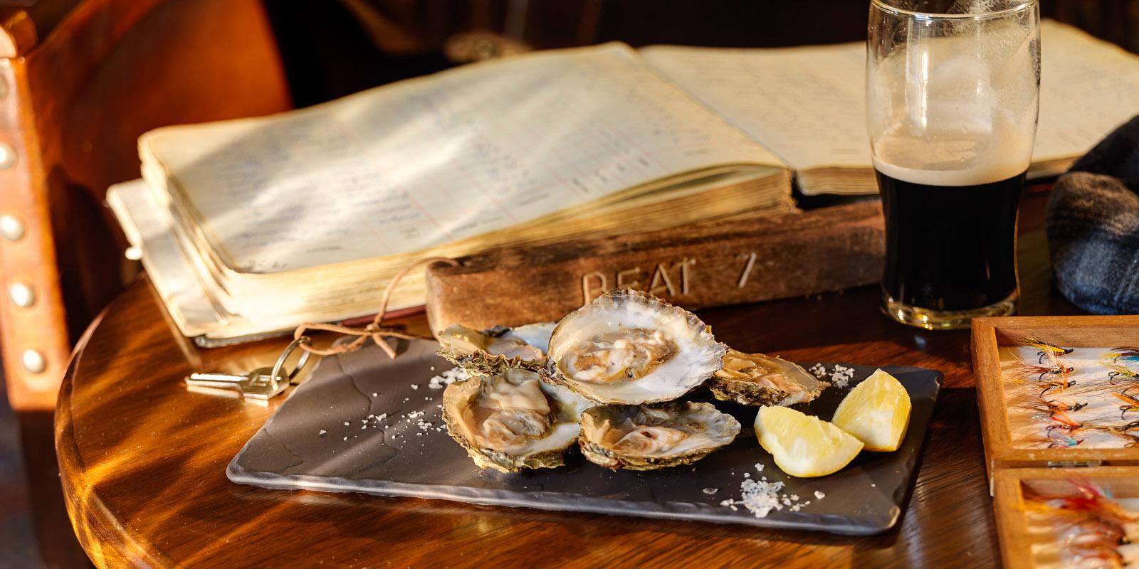 Ballynahinch Fishermans Pub Oysters.jpg