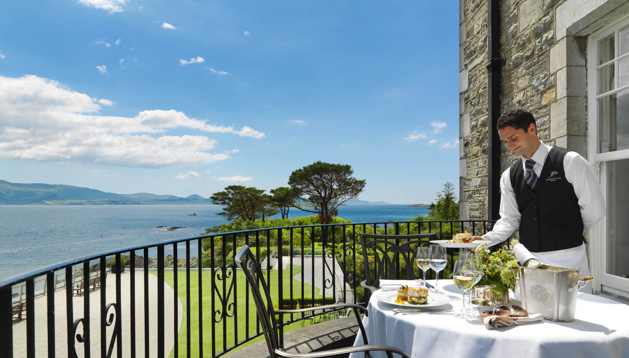 Parknasilla Princess Grace Balcony Dining_2000px.jpg