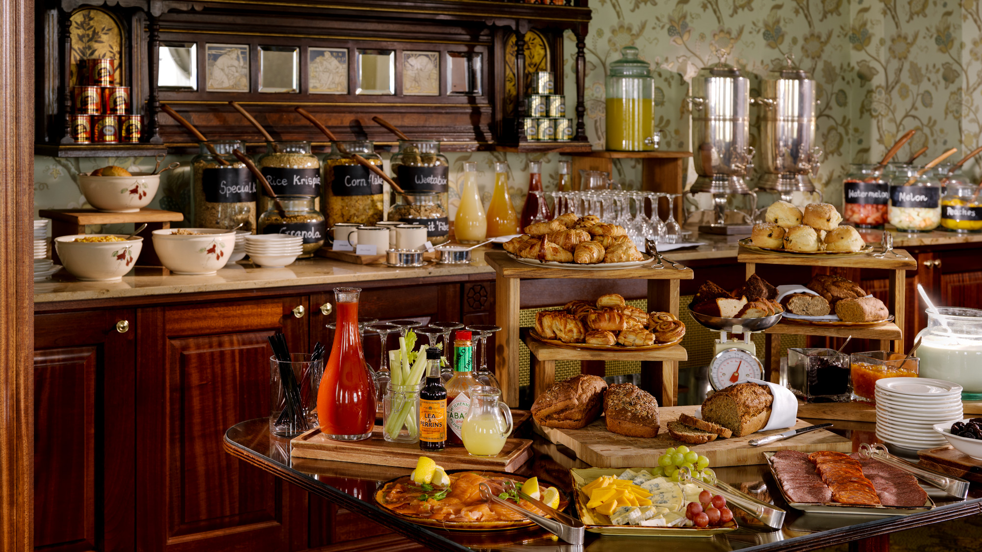 Breakfast Buffet FL PT Glenlo Abbey 2000px.jpg