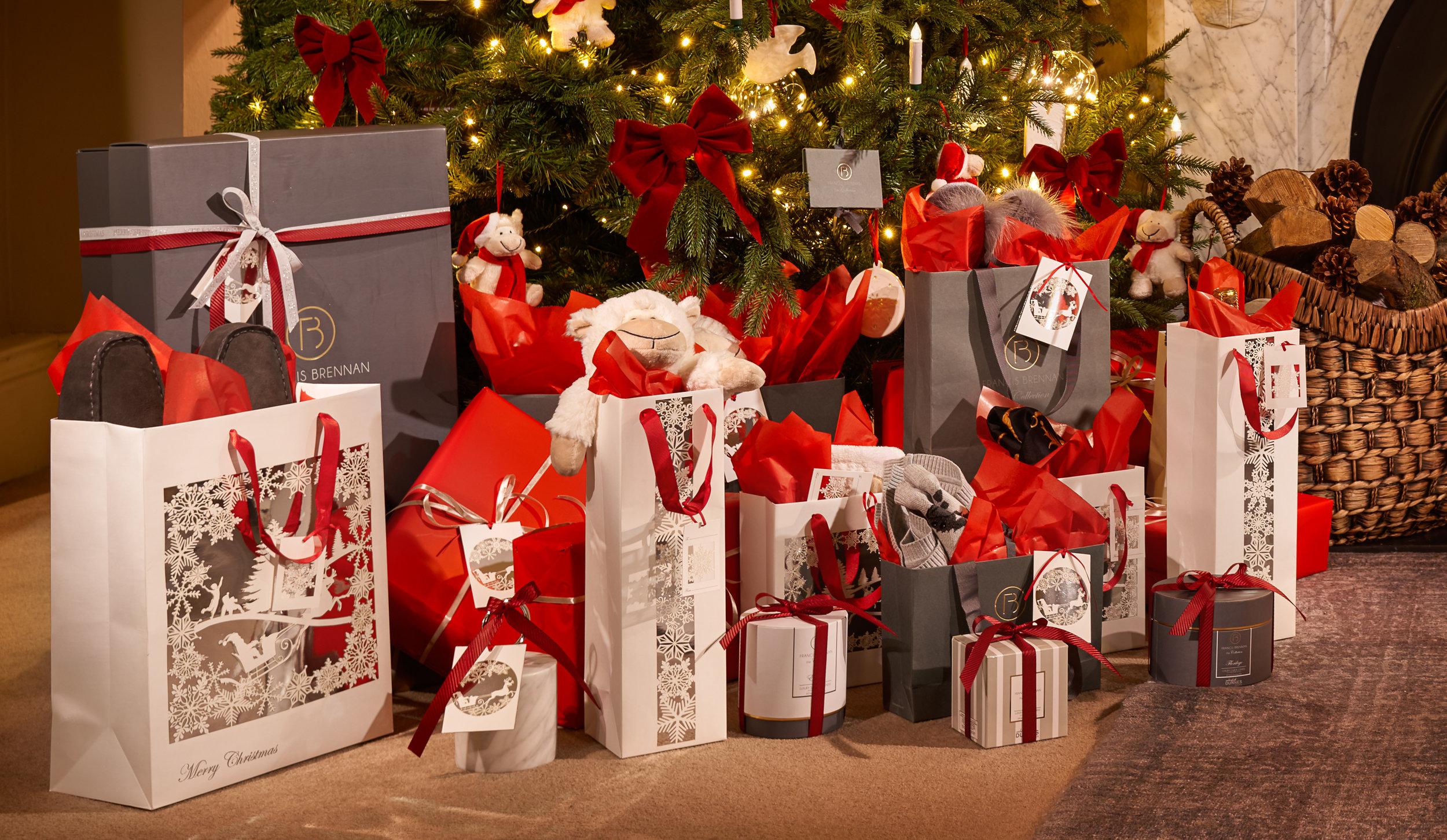 Christmas Presents V1 4000px.jpg