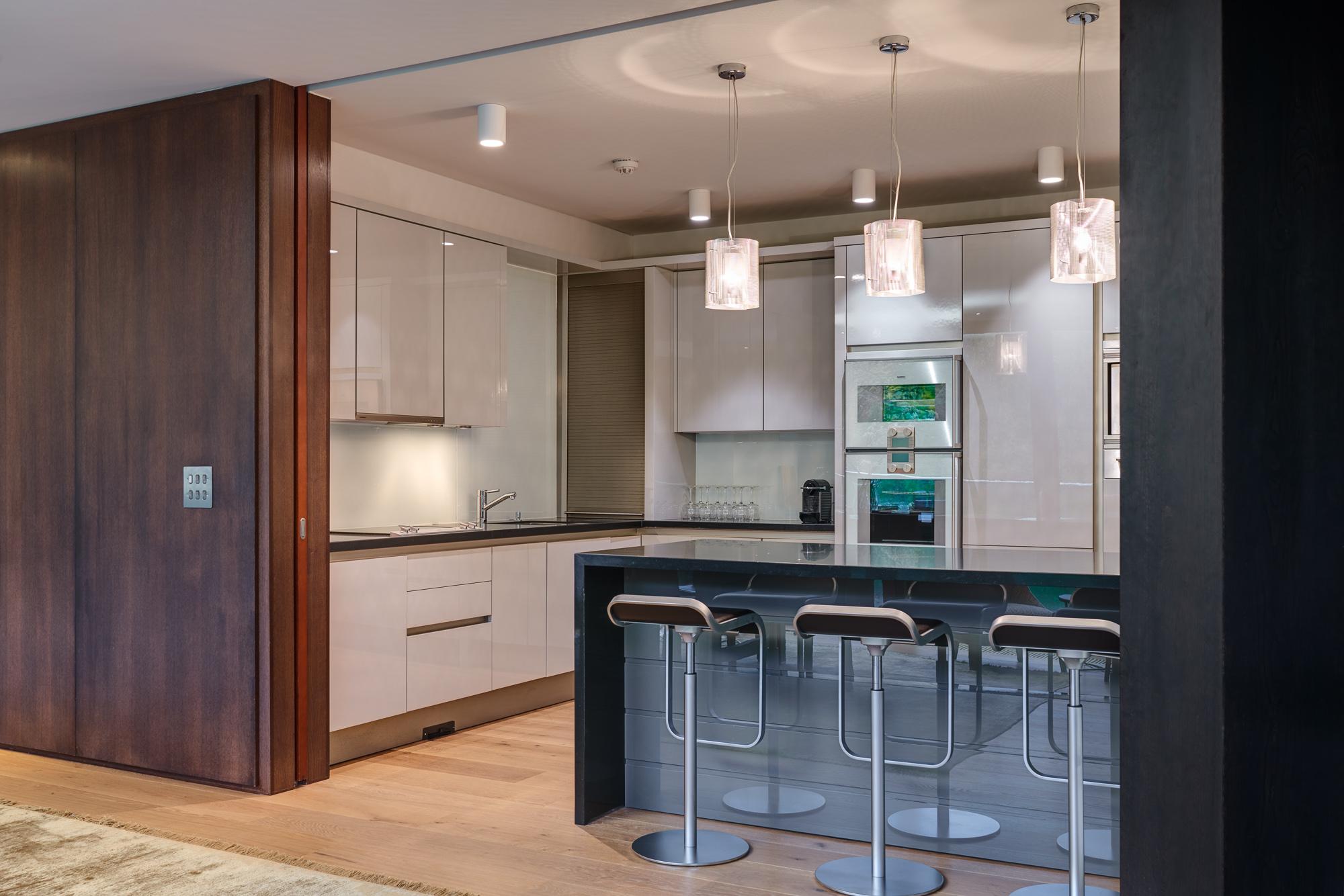 Kitchen 1 2000px.jpg
