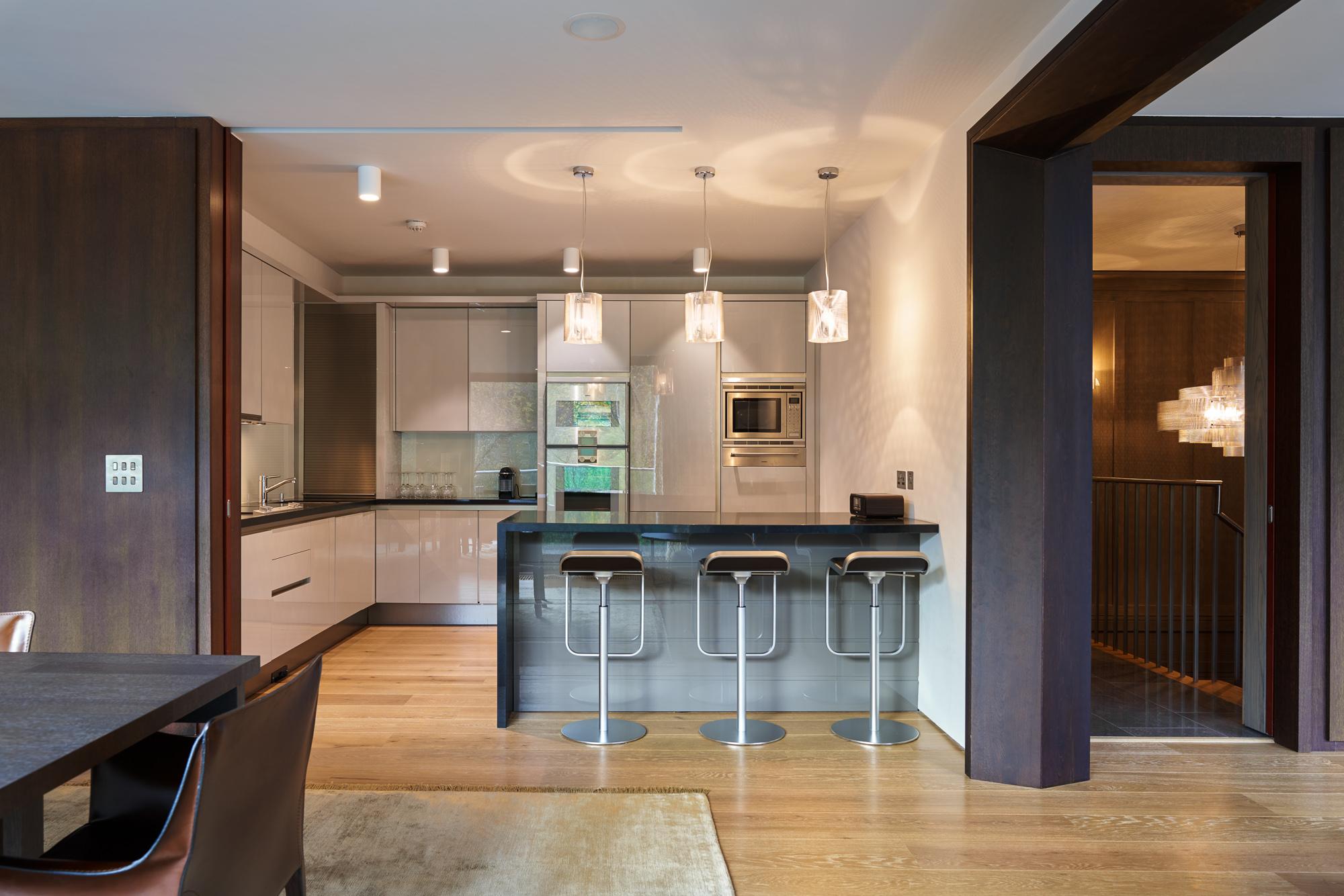 Kitchen 2 2000px.jpg