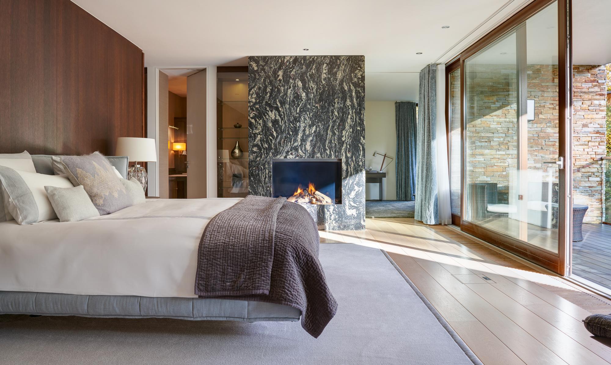 Master Bedroom 3 2000px.jpg
