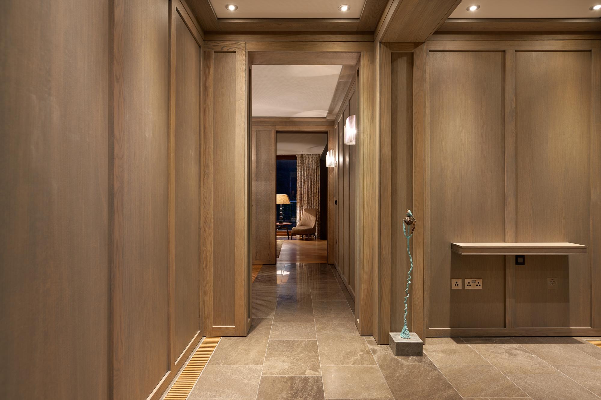 Lobby 1 2000px.jpg