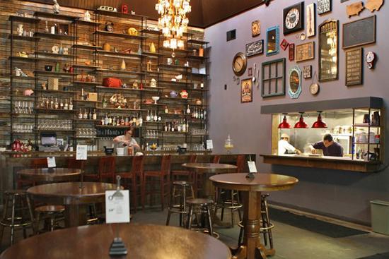 table - restaurant - st. louis, mo