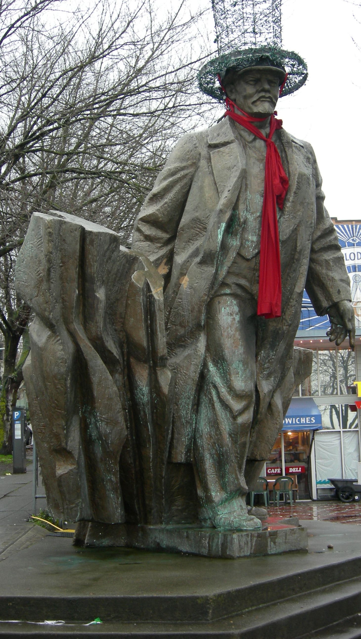 Lenin statute in the Fremont neighborhood.  Photo by Rebecca Garland.