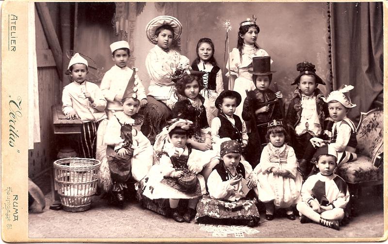 Borislav sits on floor (right); brothers Rastko, Dejan and Pavle (standing top left); sister Vladislava sitting on chair (left center) / RUMA c. 1902