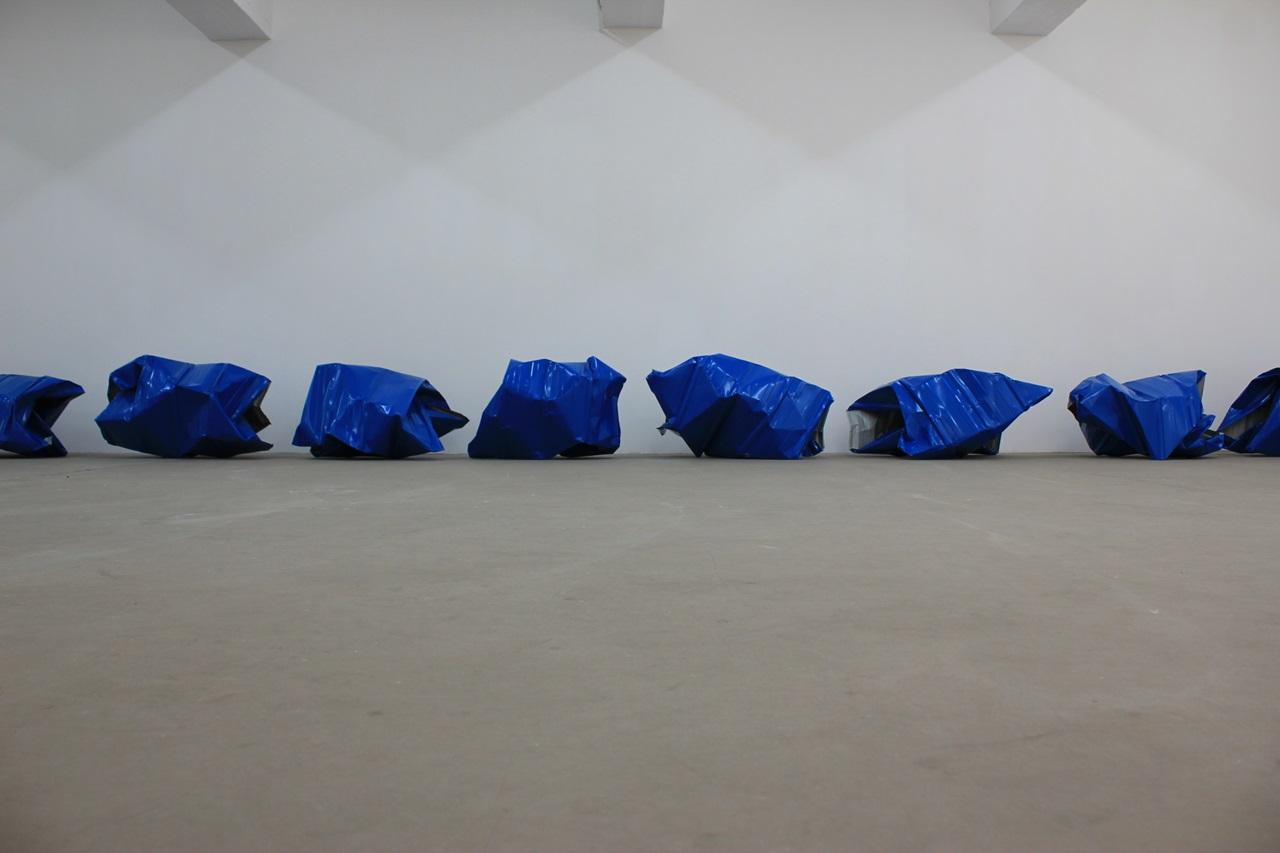 Encounters: Gallery Exit Yang Xinguang, Blue, 2013