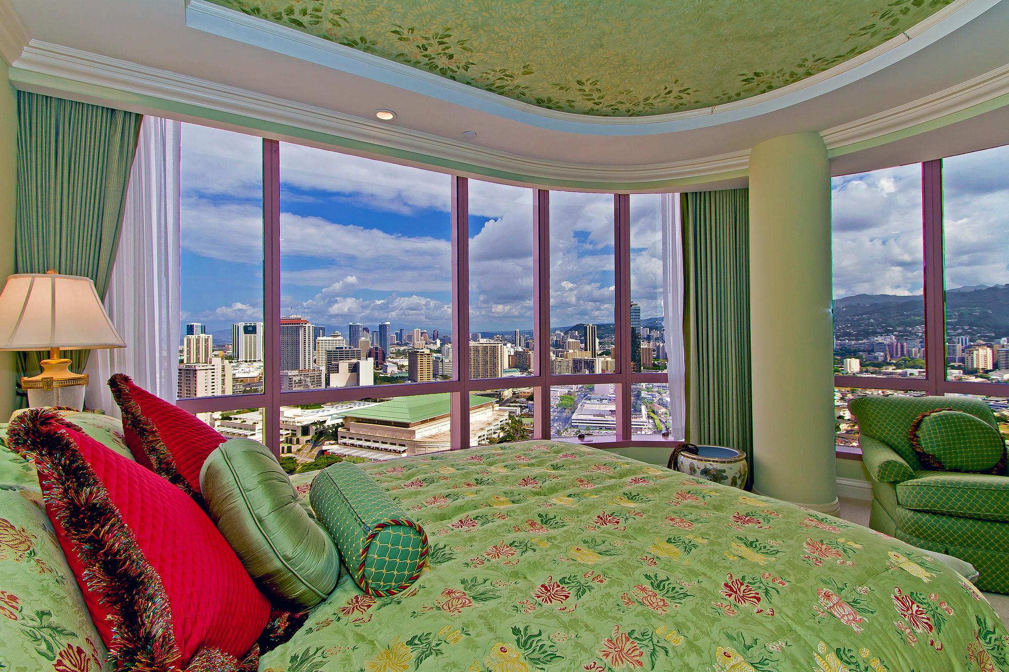 Landmark Waikiki Honolulu HI-print-013-Landmark3501-2000x1333-300dpi.jpg