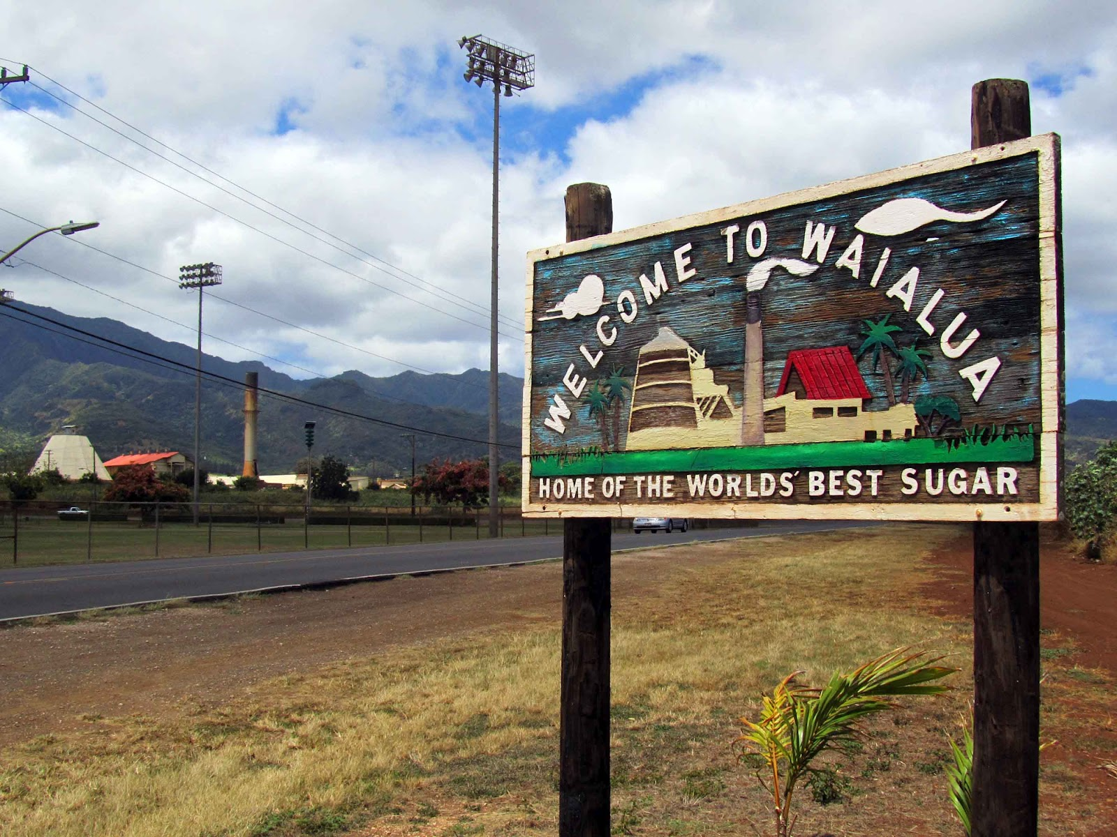 Source:http://geographicallyyourswelcome.blogspot.com/2012/08/waialua-hawaii.html