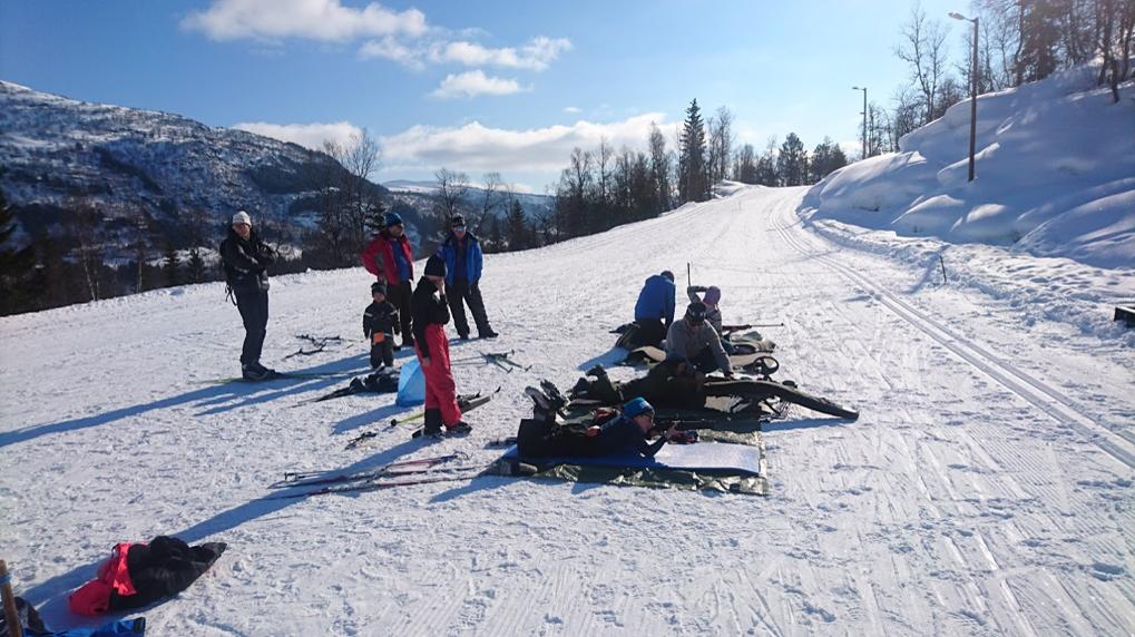 Miniskiskyting er populært. Er du den nye Bjørndalen ellerFlatland?