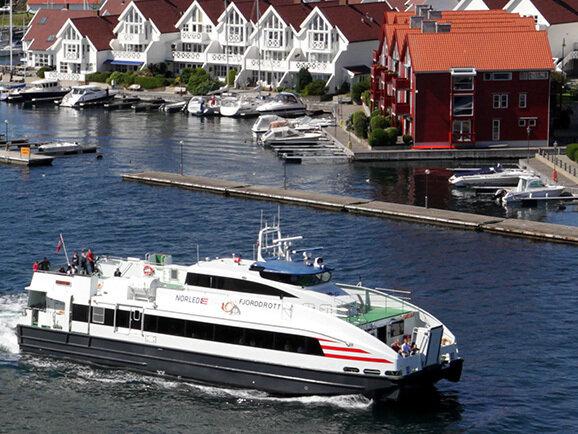 Båt - norled.noDet er ei fin oppleving å ta båten frå Bergen, ein perfekt start på skituren! Daglege avganger frå Bergen.