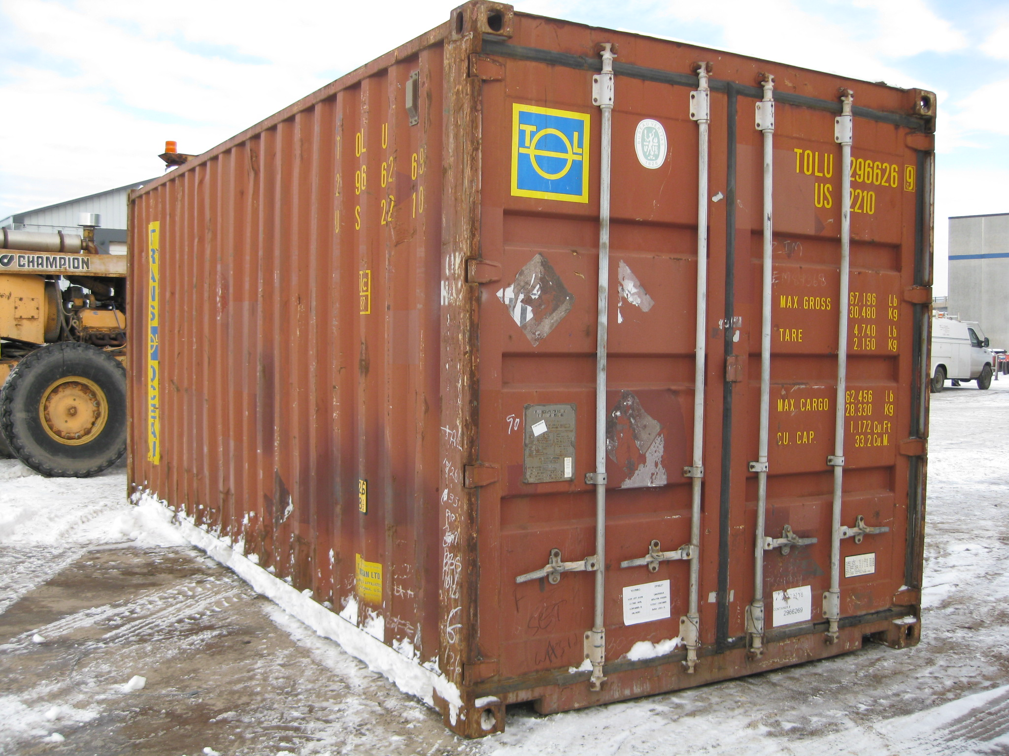Wind and watertight brown 20' container