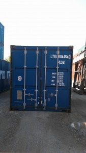 Container doors are easy to open