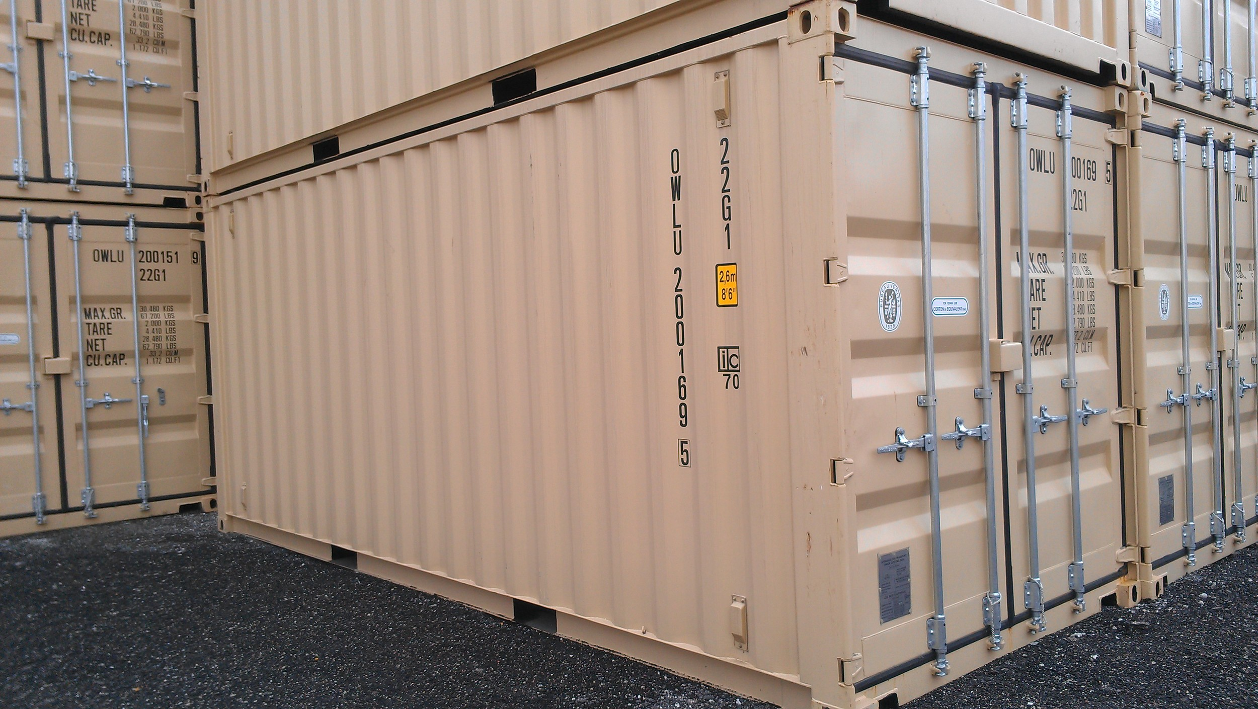 20' containers with forklift pockets.