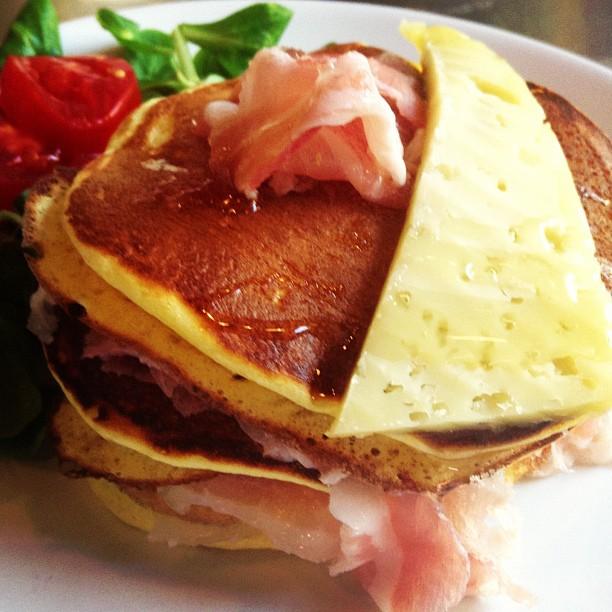 pancake toma, miele e pancetta