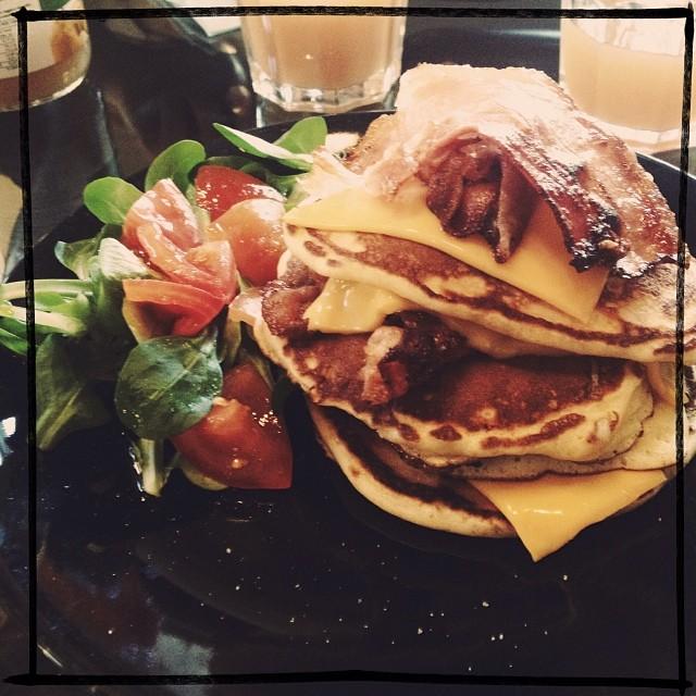 pai 's pancake bacon, cheddar, uovo