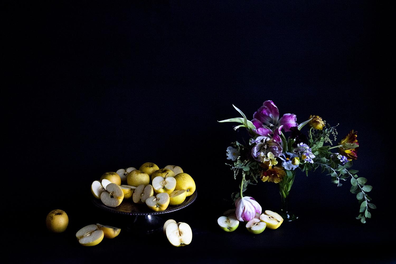 Apples & Flowers