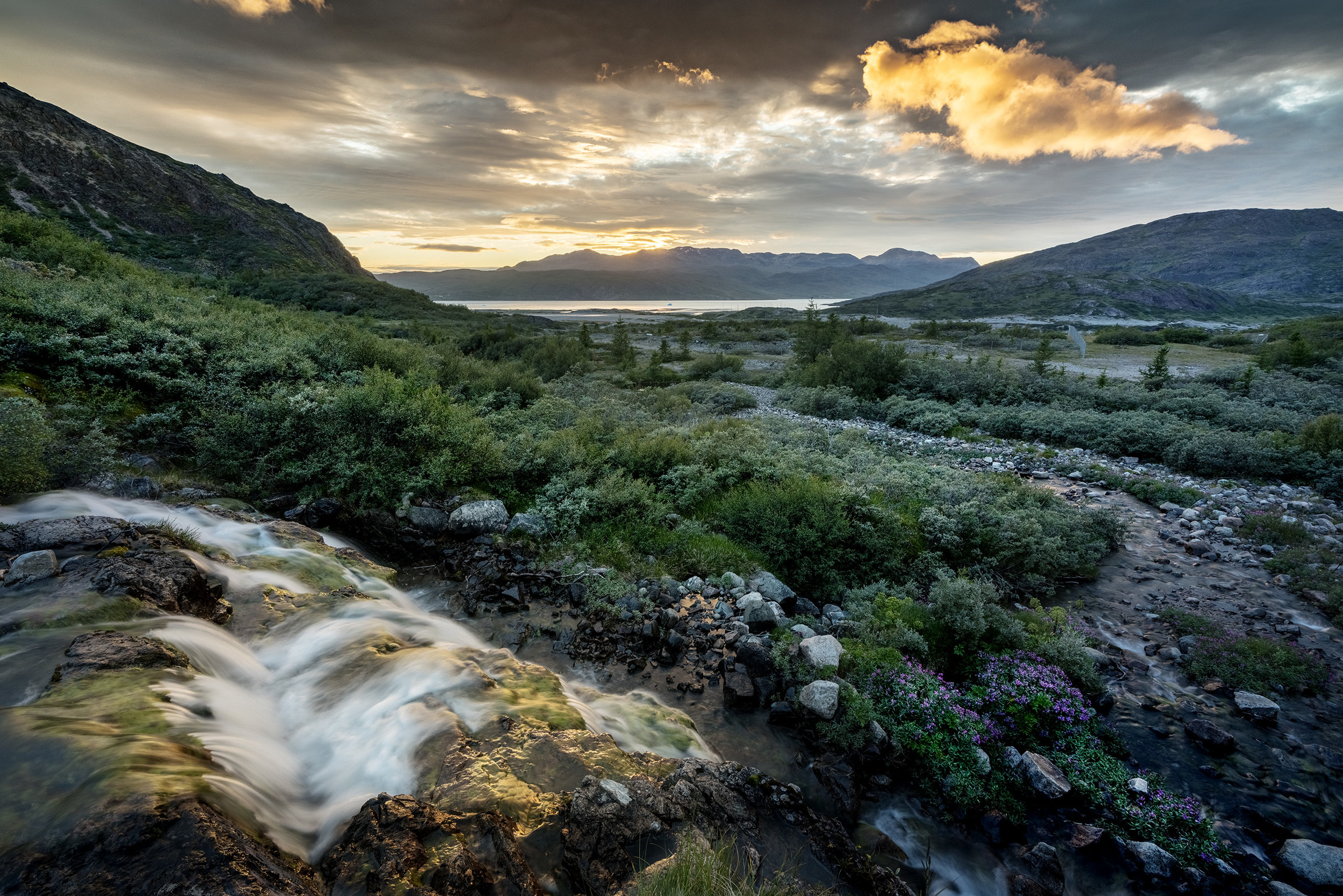 Lille vandfald som ligger kun fem minutters gang fra vandrehjemmet.