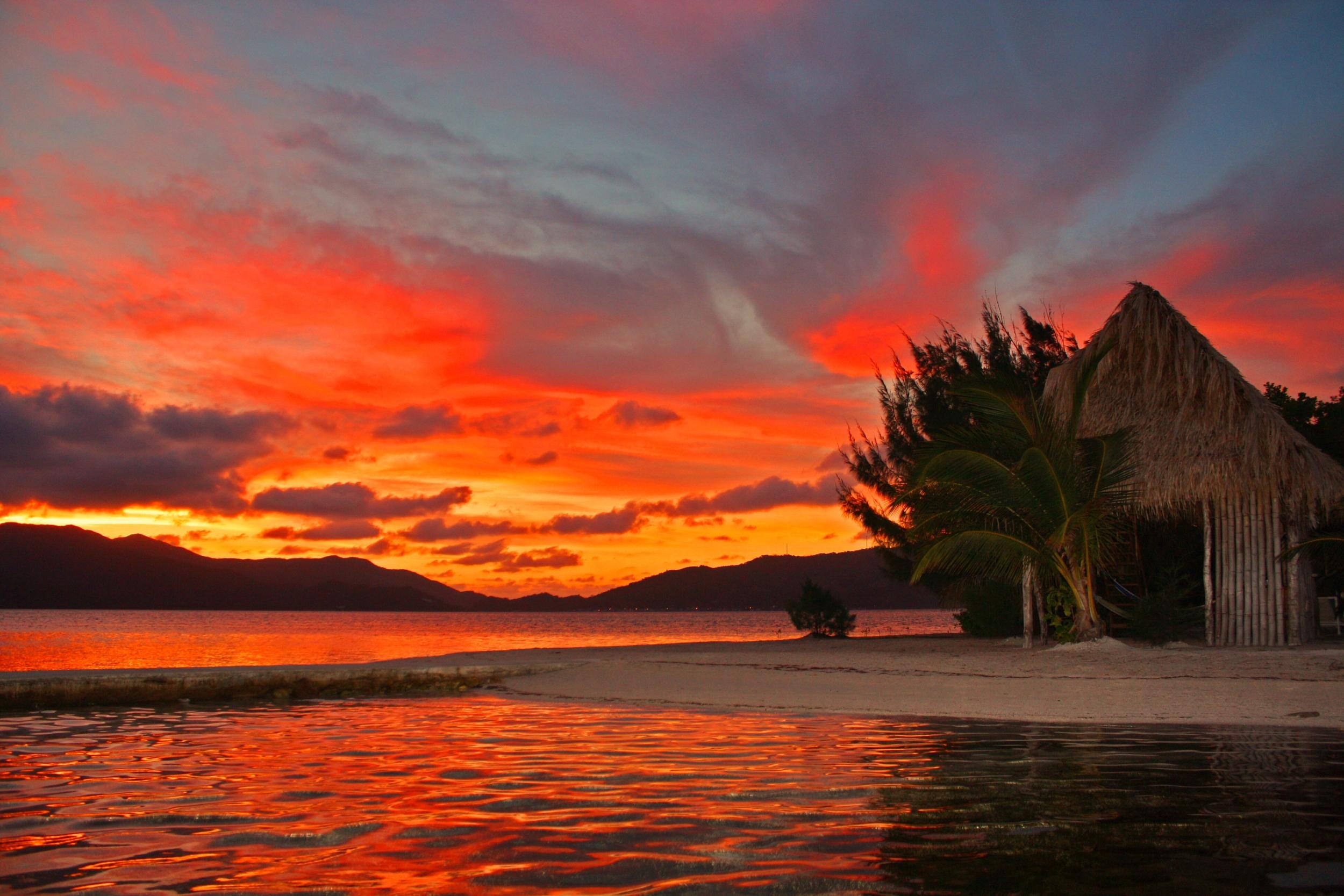 Guanaja sunset