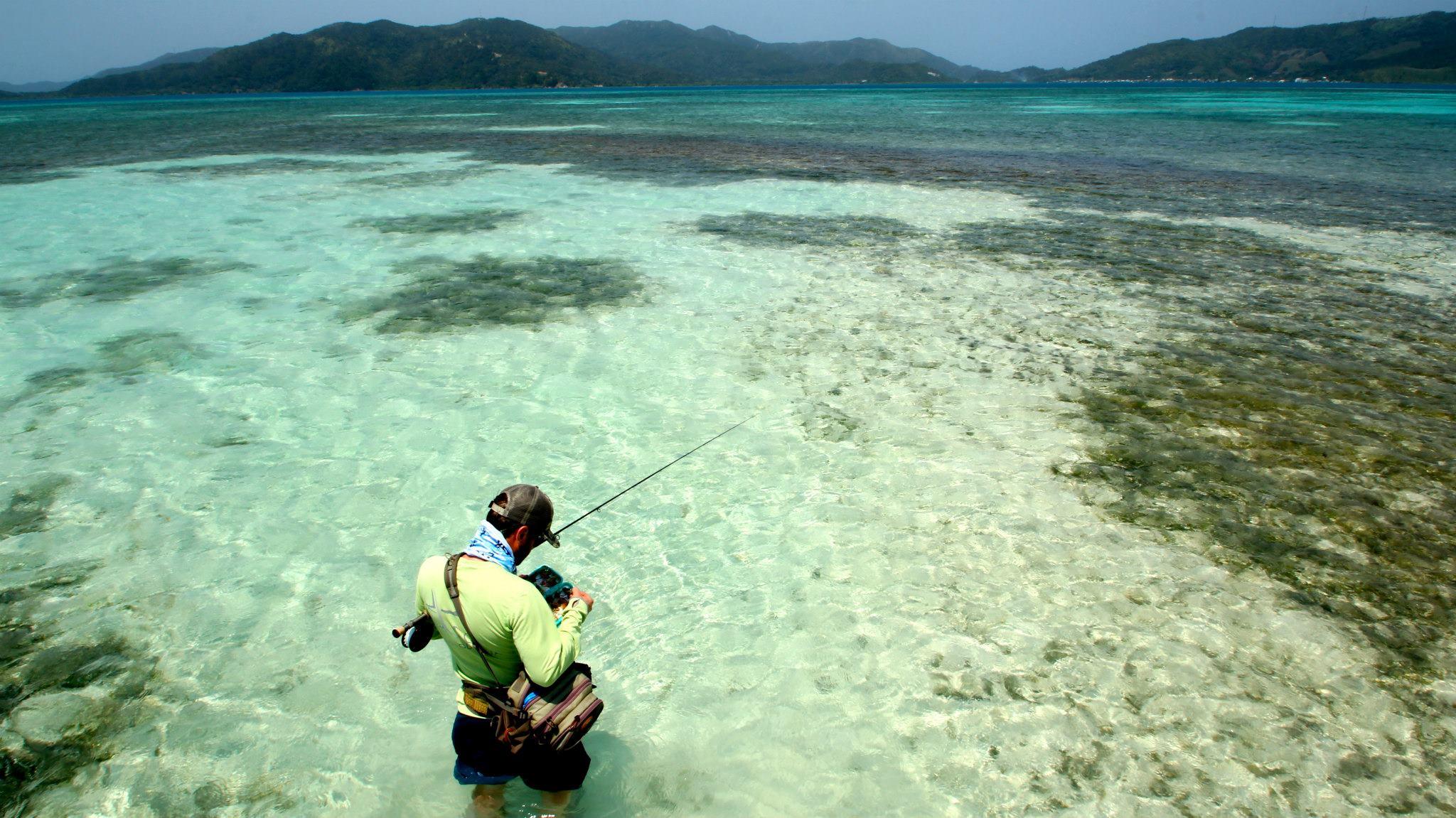fly fishing guanaja honduras