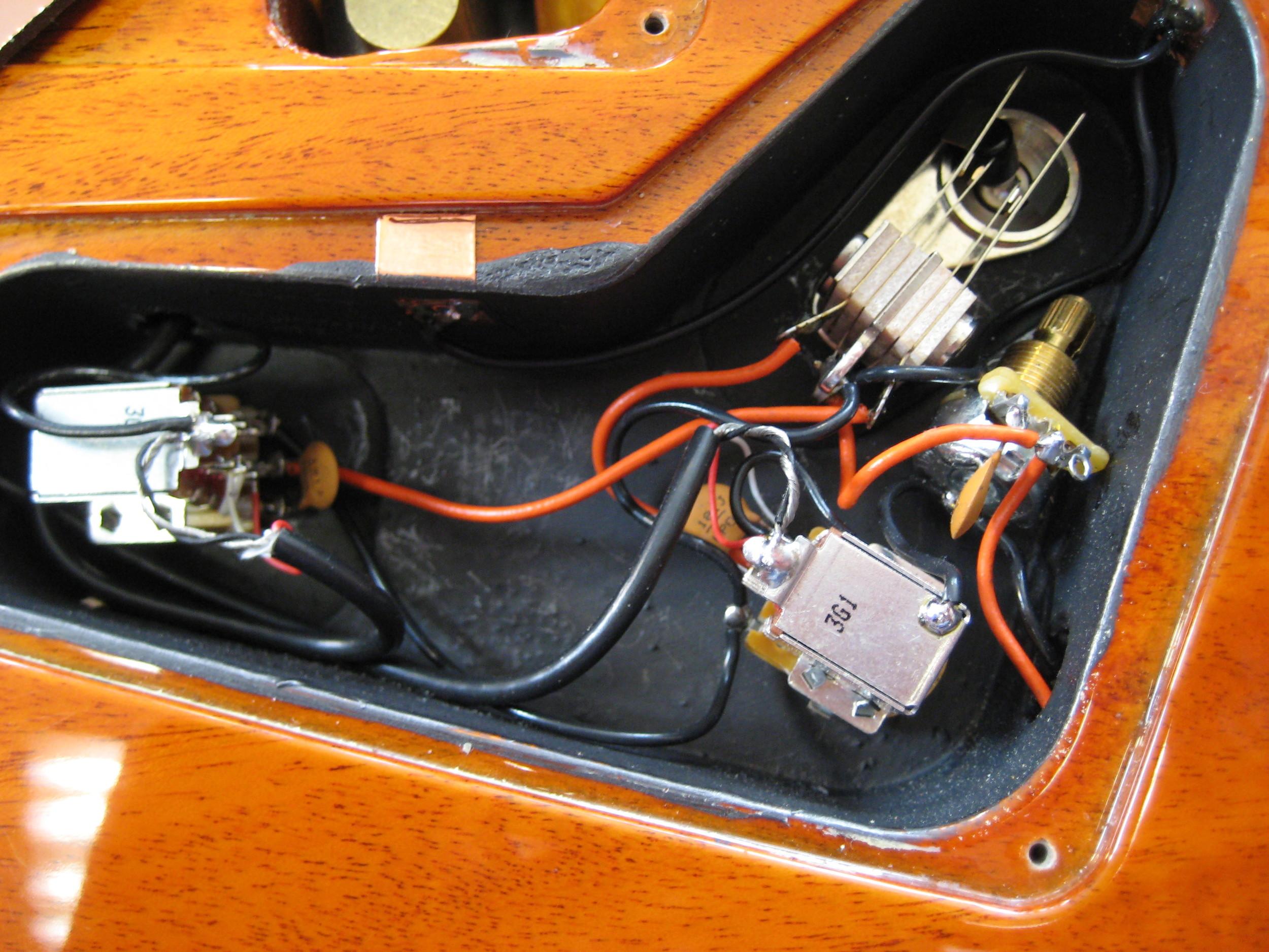 David Skinner PRS Guitar Electronics at GTS