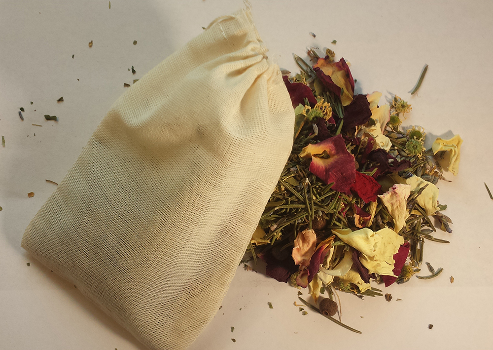 M aggie's Condition 9 Herbs & Roots Baths
