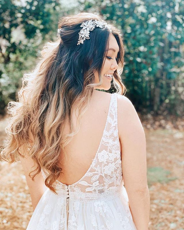 𝓉𝒶𝑔 𝓈𝑜𝓂𝑒𝑜𝓃𝑒 𝓌𝒽𝑜 𝒽𝒶𝓈 𝓉𝒽𝑒 𝒸𝓊𝓉𝑒𝓈𝓉 𝓈𝓂𝒾𝓁𝑒 😃... Our BRIA gown, style 8955 | this boho bride's dream gown has amazing floral detailing from top to bottom • Come shop our exclusive styles today! Call to make your appointment. ☎️678-205-8888 Follow us @aformalaffairga • #ballgown #weddingdress #bridalinspiration #summerwedding #bridestyle #vintagewedding #outdoorwedding #weddinggoals #luxuryweddings #weddingchicks #springwedding #SouthernBride #bride2be #romanticwedding #elegantwedding #bridalshop #rusticweddings #AtlantaWeddings #atlantabride #couturebride #GeorgiaWedding #glamwedding #bridefashion #weddingdressideas #designerweddingdress #RusticElegance #weddingdressgoals #texasbrides #tennessebride