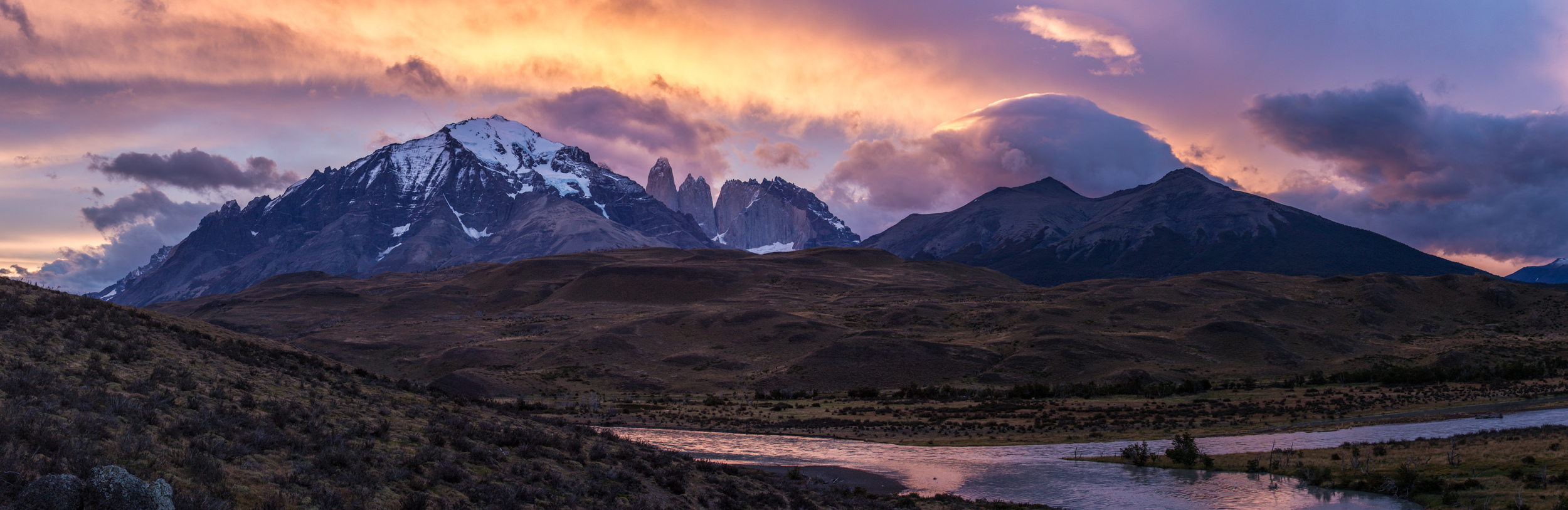 Parque Nacional Torres del Paine / March 27, 2014   Las Torres: it's pretty good-looking.  The Torres del Paine National Park is widely considered to be one of the most spectacular natural areas in South America.  It is located on the south western end of Chilean Patagonia and is the primary destination for the large numbers of tourists that visit the gateway town of Puerto Natales.  It is quite a photogenic region.