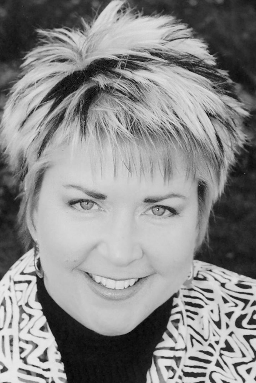 Denise Wymore   Loyalty Economics Branding Culture      Meet Denise