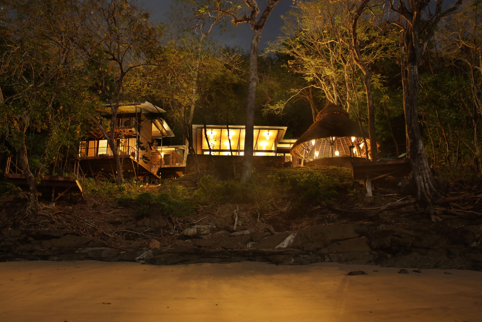 Nighttime view from Isla Palenque