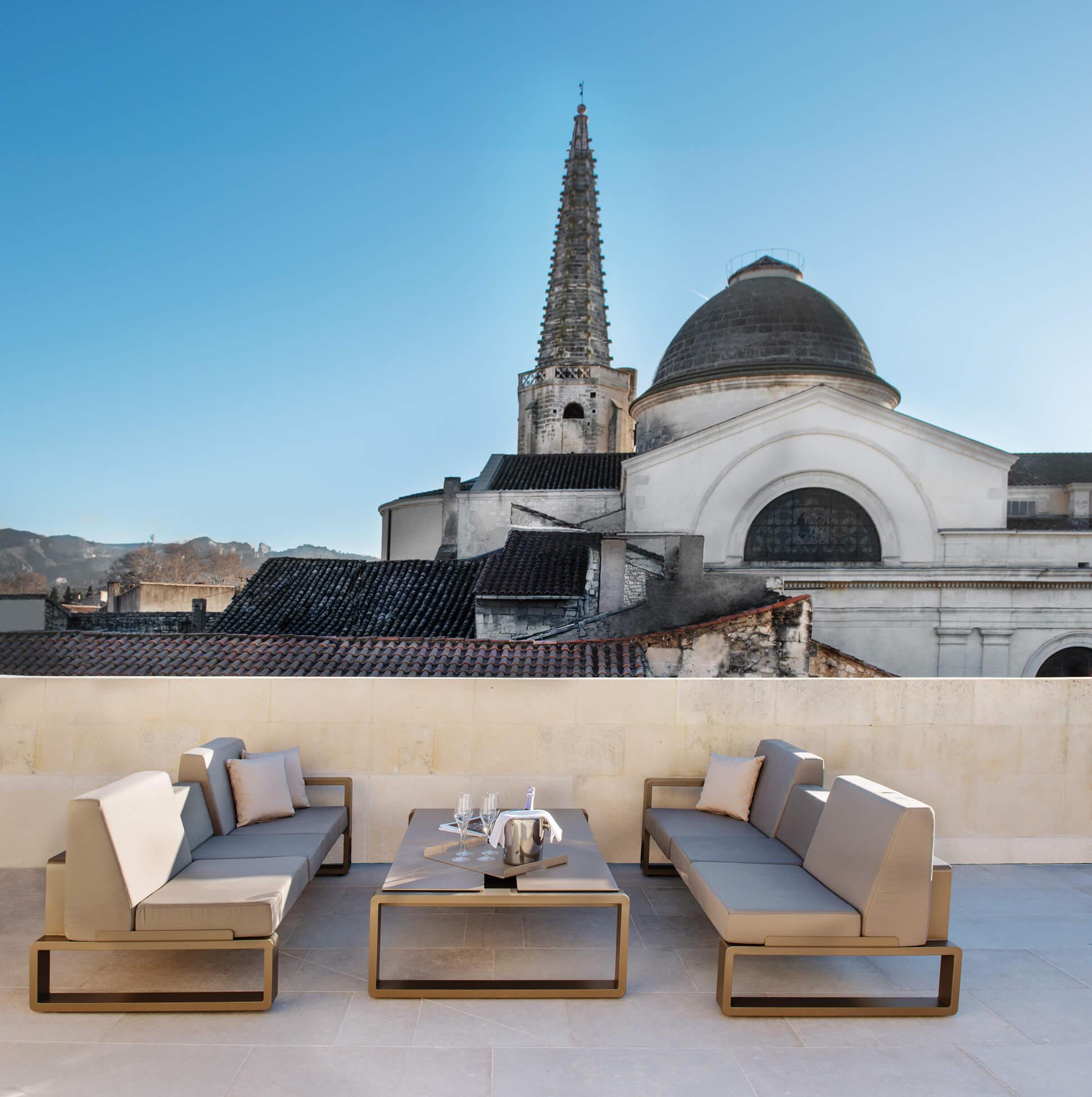 hotel-de-tourrel_roof-terrace_2.jpg
