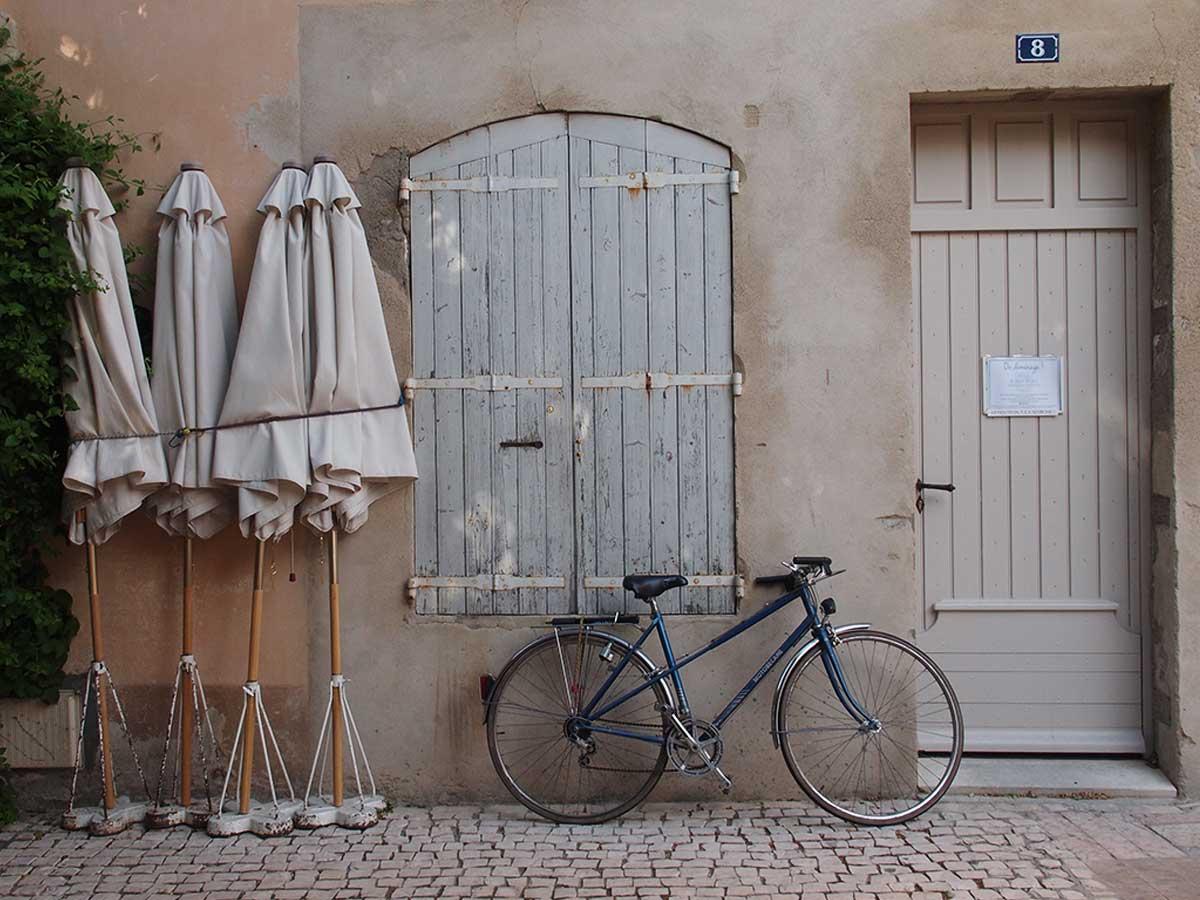 saint_remy_de_provence_vicki_archer_cover_1.jpg