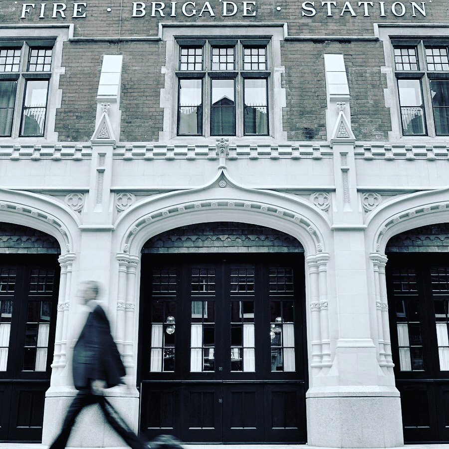 ANDRÉ BALAWS / CHILTERN FIREHOUSE