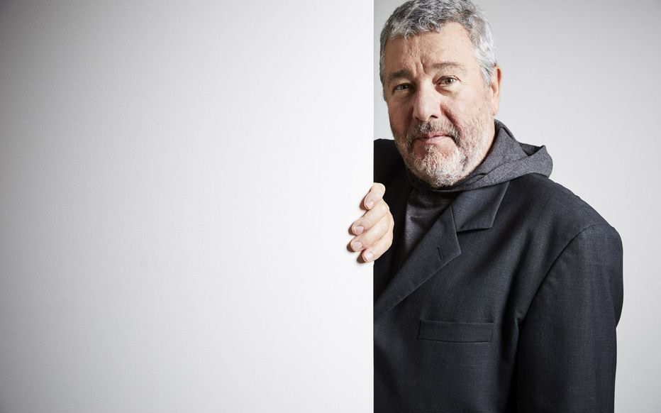 PHILIPPE STARCK / THE ART OF AN PERFECT IDEA
