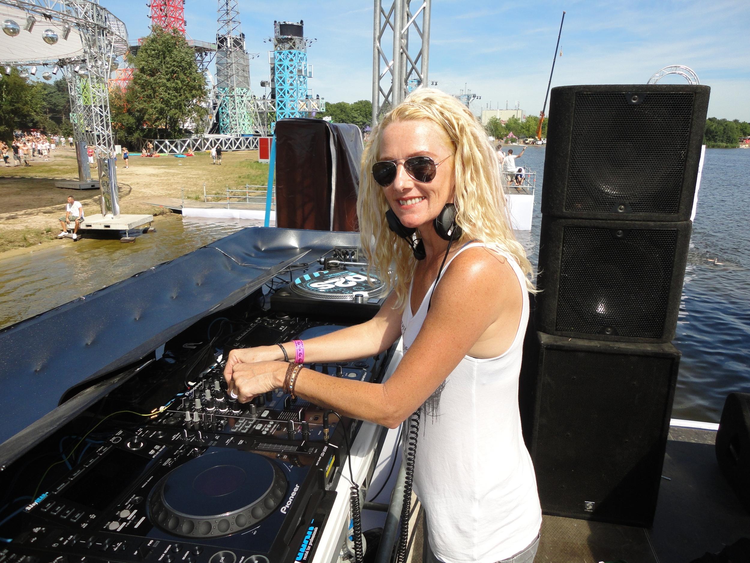 DJ Promiss - Netherlands