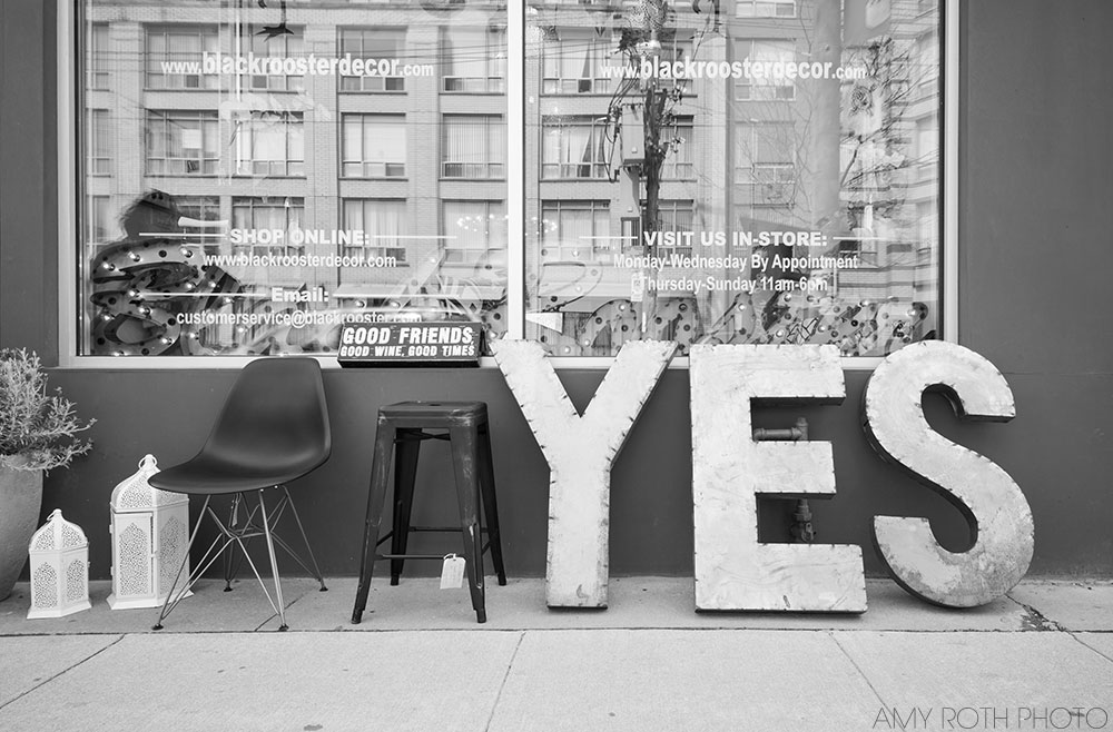 YES | Amy Roth Photo