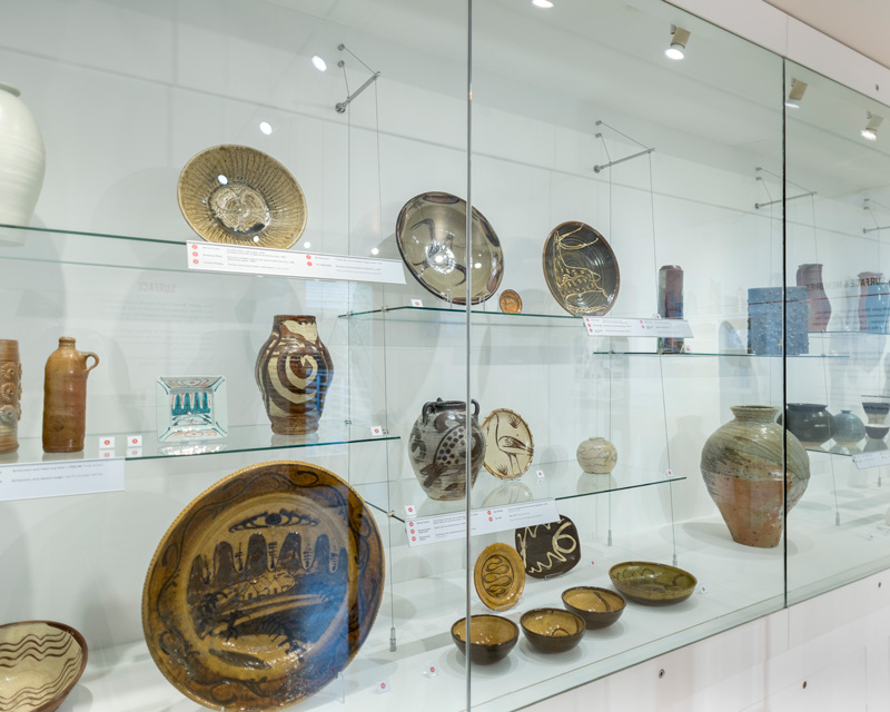 Surface-Exhibition_Leach-Pottery-Cube-Gallery_Image-Matthew-Tyas_4.jpg