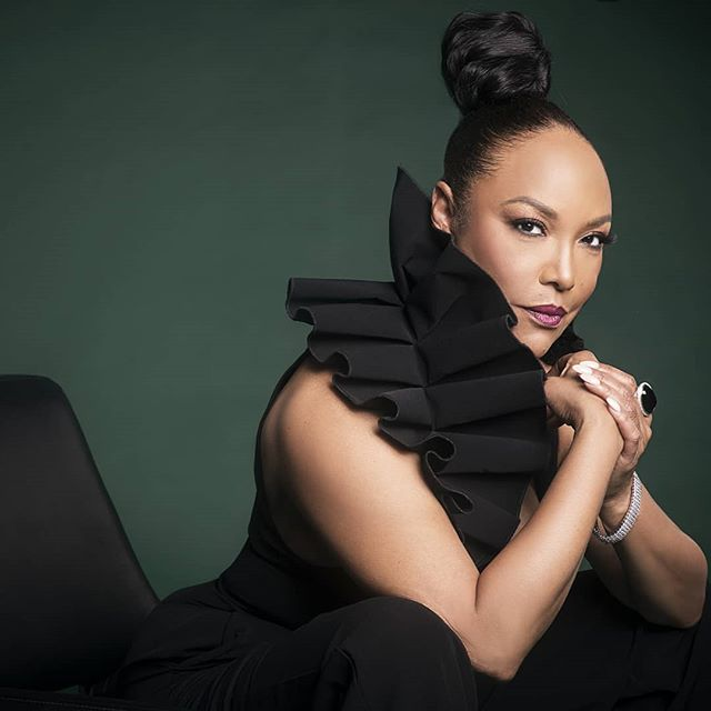 Lynn Whitfield. ▪ Since we are closing out #Womensmonth I wanted to share... This lady exemplifies strength, poise, and beauty... and definitely is drinking from the foundation of youth. Ummm... 🤔 Lynn can you share some please.🥤 😁 Lol. She's amazing...♡♡♡♡ Here's a little secret... 🤫 Shes a #naturalhairgirl too! ▪ Lynn Whitfield @mslynnwhitfield  shot by me @drexinanelson Makeup @kirazitney Wardrobe @sudistyle for @sudistylecloset  Hair @1bornqtpie  Shot @thesocietystudios in Atlanta ▪ #lynnwhitfield #thesocietystudios #creativecommunity #queening #blackbeauty #melanin #melaninpower #femalephotographer #blackfemalephotographer #allfemaleteam #girlpower #bronzelens #naturalhairgirl #production #producer #blackactress #celebratewomen #kinkyconversations