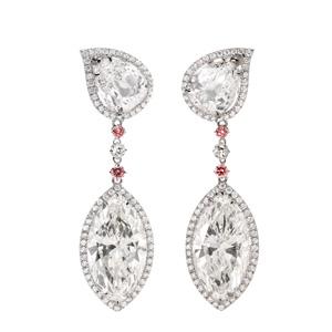 Diamant Ohrhänger in Platin und 18 Karat Roségold mit Diamanten von Total 18.13 ct.
