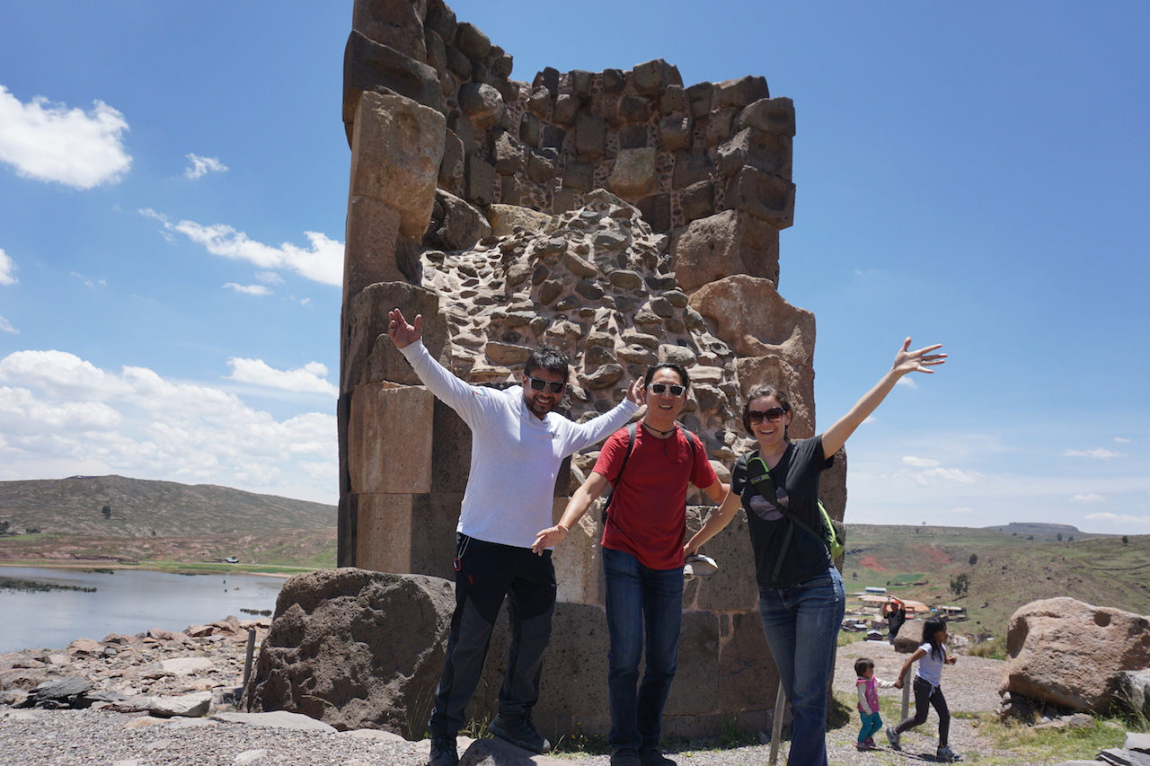 E, J and Michy in front of the funerary tower at Sillustani.