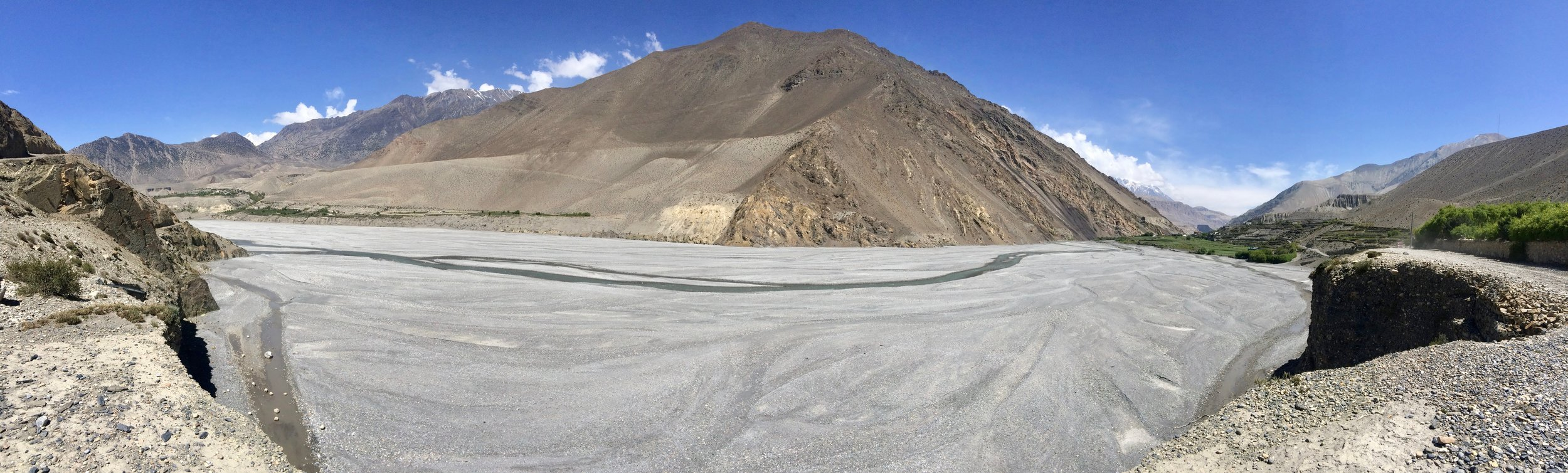 The Kali Gandaki river is just a ribbon in the dry season