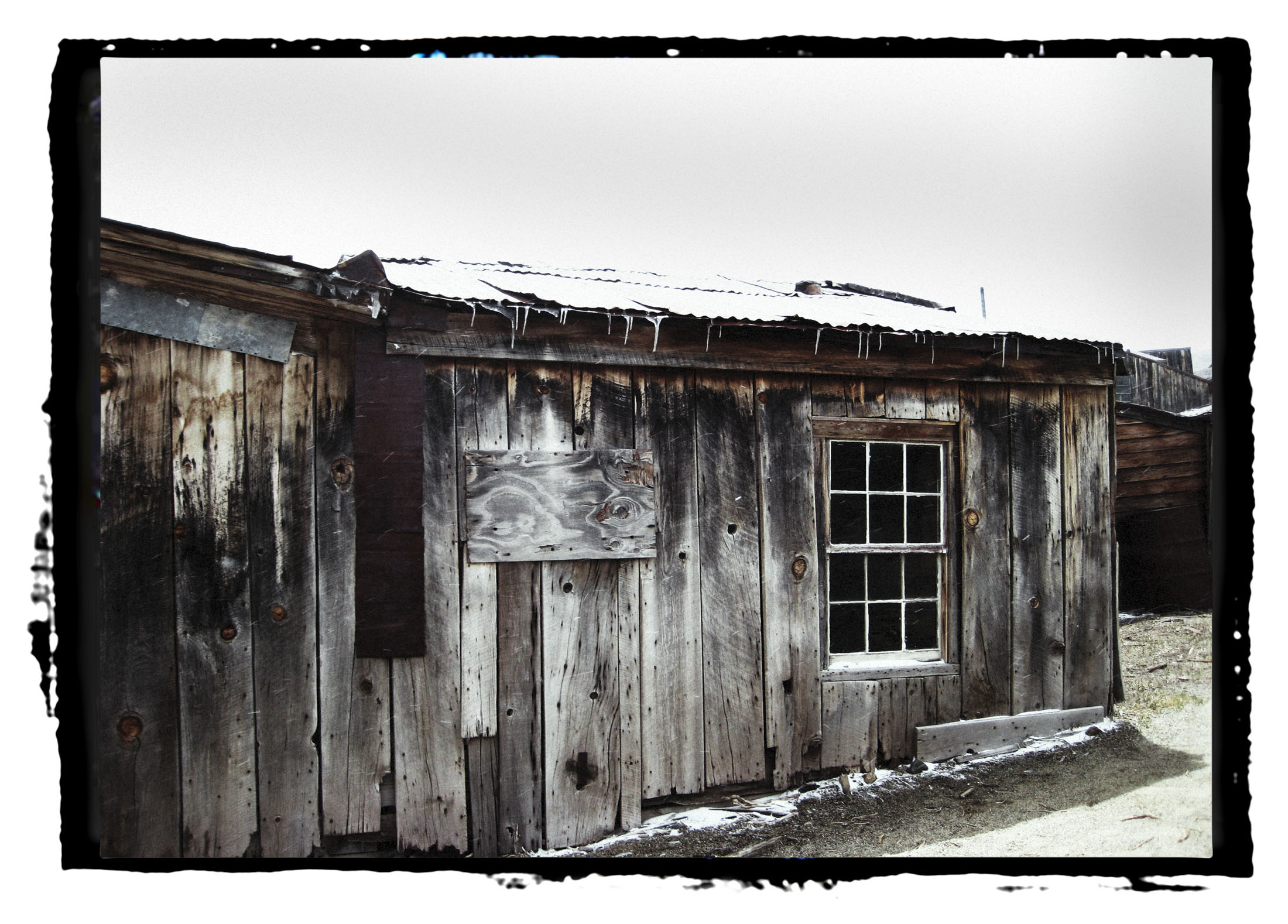 icicles on roof.jpg