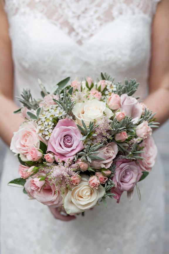 Bride&groom-1066.jpg