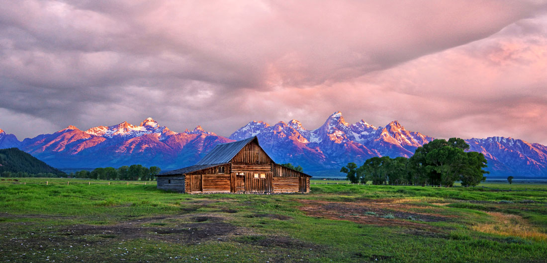 Jackson Barn Sunrise.jpg