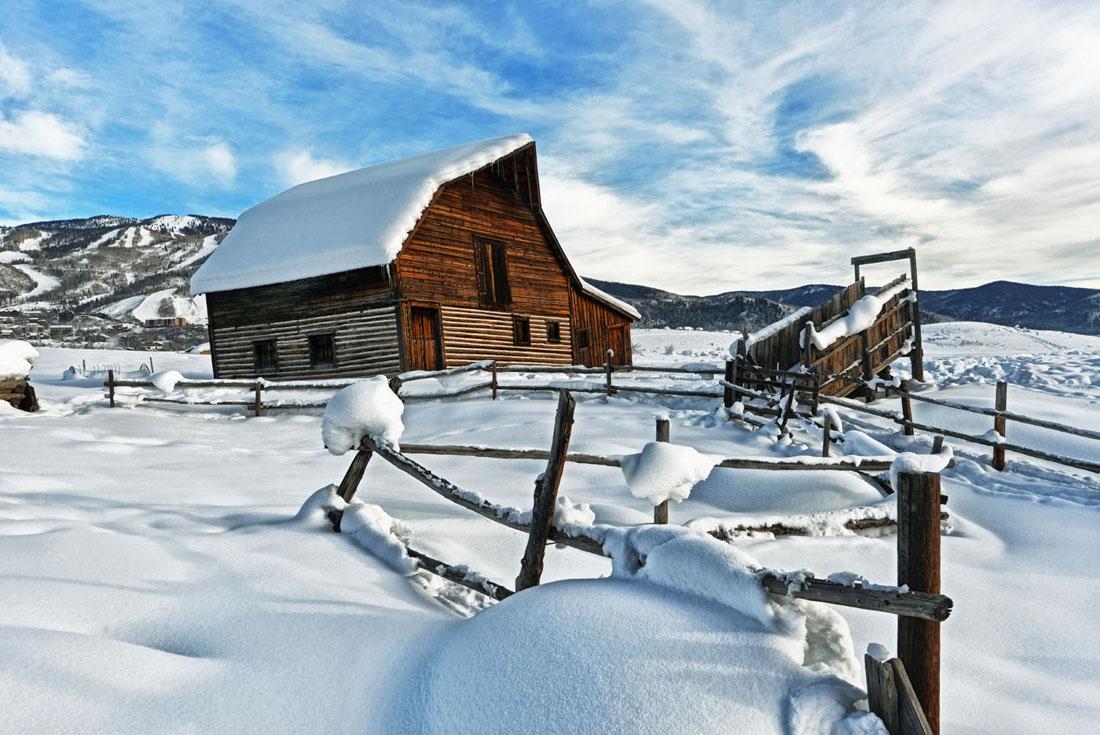Steamboat Barn.jpg