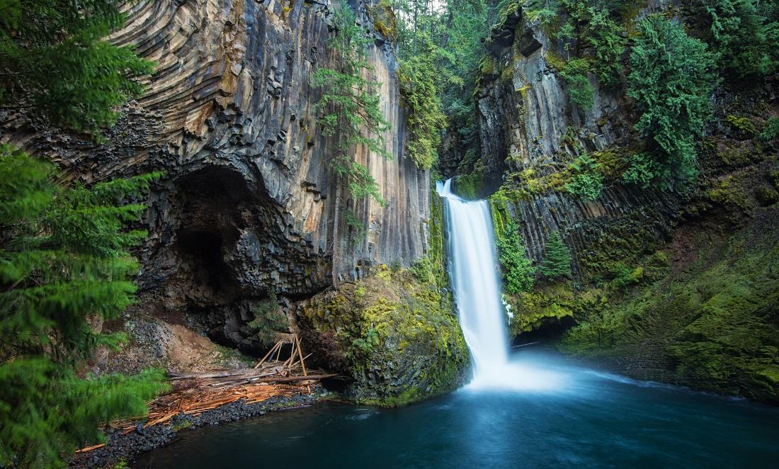 Lost Falls.jpg